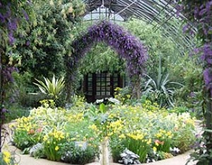 Come realizzare un giardino mediterraneo consigli per disporre piante e fiori - Costruire un giardino ...