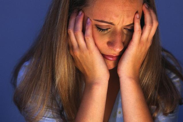 Uno studio portato a termine da una ricercatrice della University of Arizona ha dimostrato che ripetere ossessivamente a se' stesse di essere grasse, aumenta il rischio di cadere in depressione.