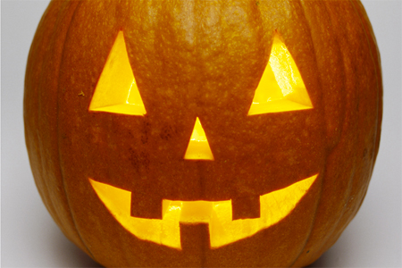 Come intagliare e realizzare la zucca di halloween for Immagini zucca di halloween
