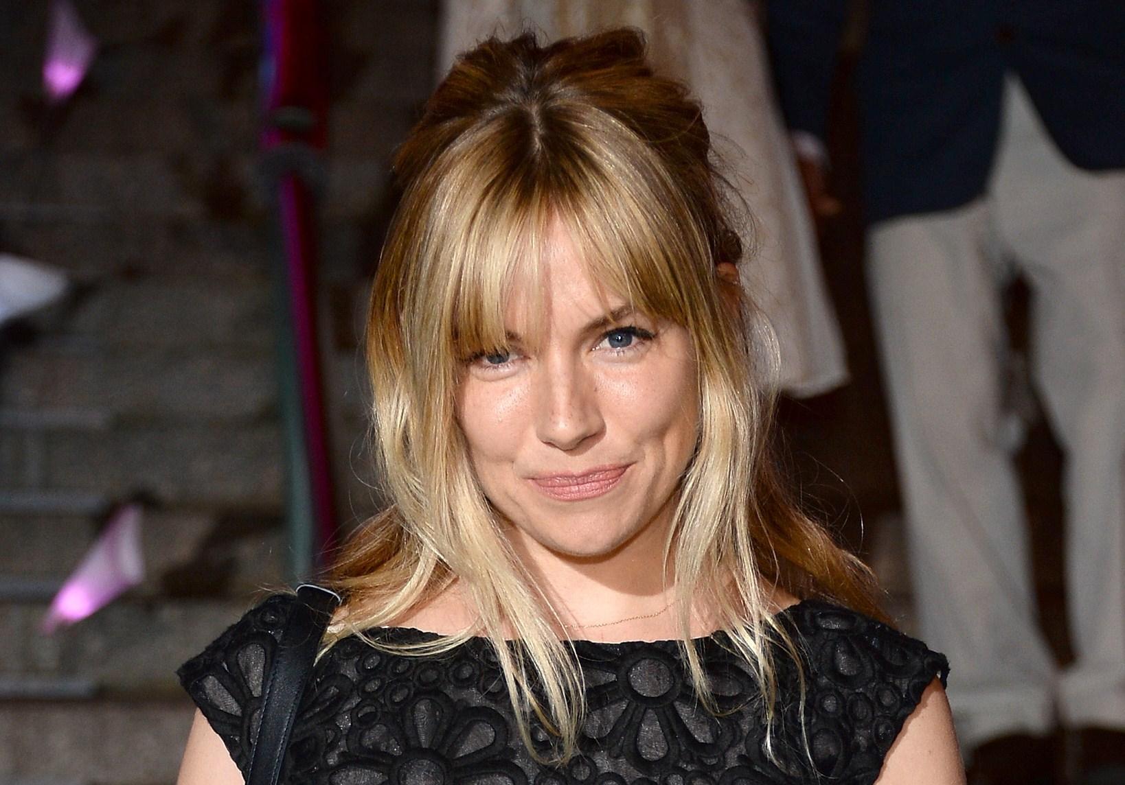 Sienna Miller nuova testimonial per Burberry?