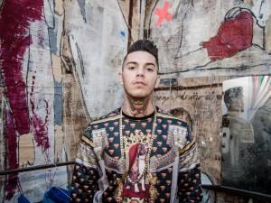 Emis Killa al Pitti: il rapper presenta la sua collezione di moda (FOTO)
