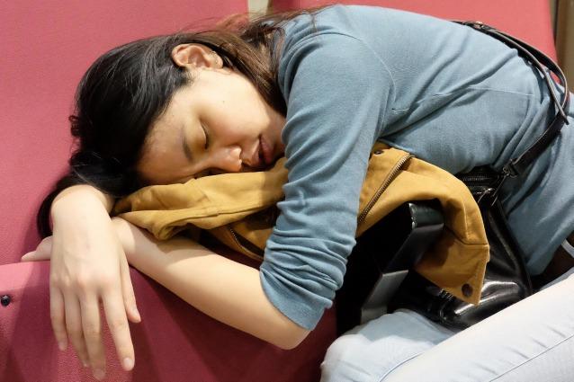 perdere peso dormendo
