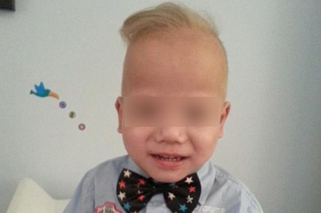 Il bimbo biondo nato da genitori asiatici, ecco lo strano caso di Lucas (FOTO)