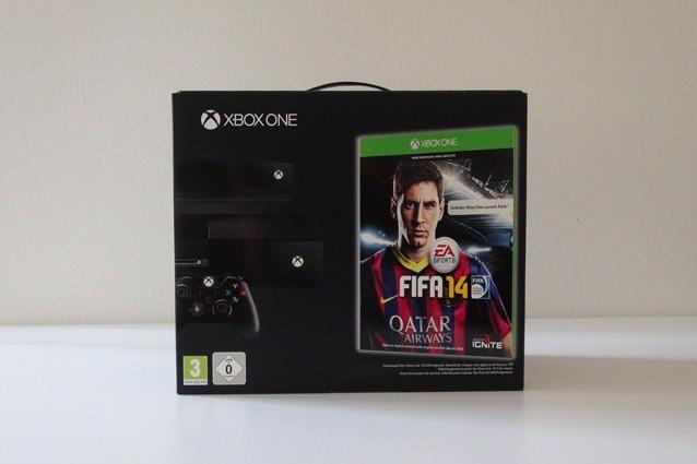 Xbox One, l'unboxing della console di nuova generazione Microsoft [VIDEO]