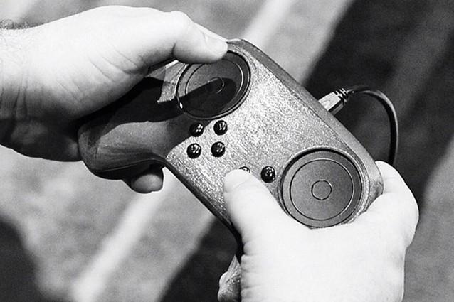 Steam Controller, Valve rimuove il touchscreen