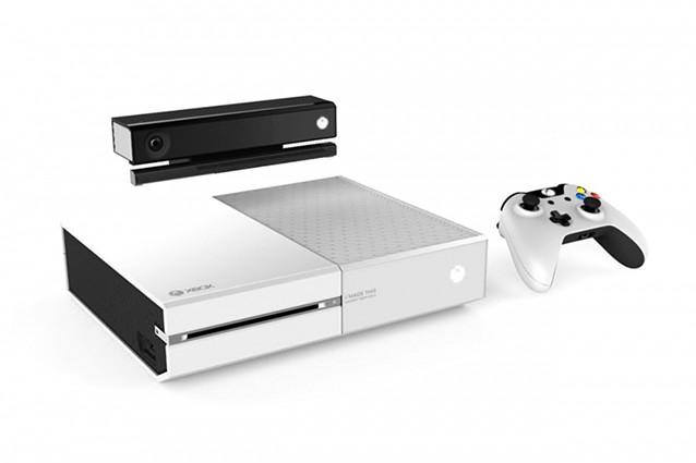 Xbox One bianca ed un modello senza lettore Blu-Ray in uscita a fine 2014