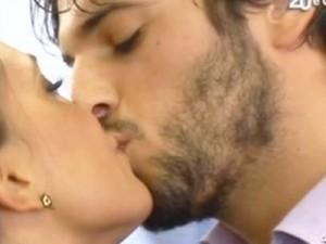 Gianfranco bacia Valeria