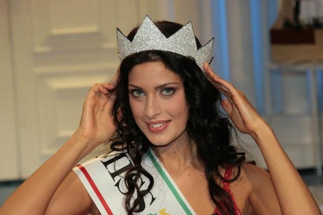 Francesca Testasecca, l'odissea dei chili di troppo