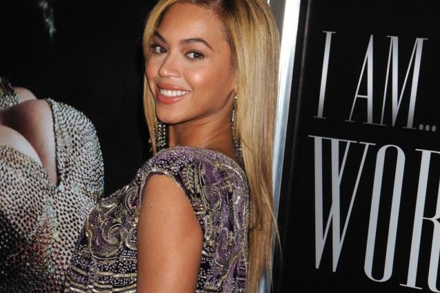 Una classifica davvero stellare quella realizzata dalla rivista People che, anche per il 2012, elegge la donna più bella al mondo