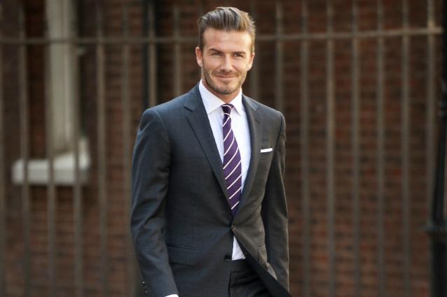 Vestito Matrimonio Uomo Sportivo : David beckham è l uomo più sexy in abito