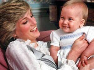 """Lady Diana incinta di Dodi Al-Fayed. """"Il feto era chiaramente visibile"""""""