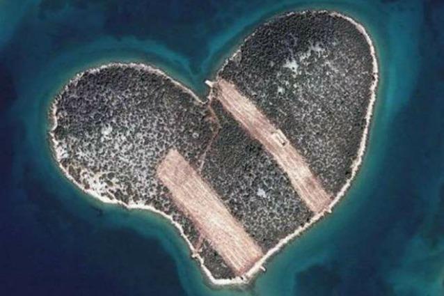 L'isola dell'amore ora è un cuore infranto, il boom di matrimoni l'ha rovinata