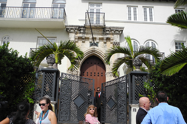 La famiglia beckham compra la villa dove fu ucciso versace - Ristrutturo casa ...