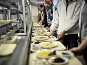 Milano, scuole chiuse per Coronavirus: 3 tonnellate di cibo