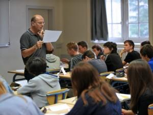 Milano test d 39 ammissione al liceo manzoni oltre 1000 for Scuola design milano