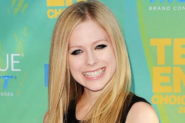 Un anello da 350.000 dollari per Avril Lavigne.