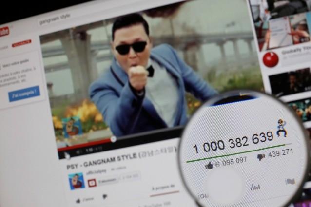 Il ciclone Gangnam Style supera anche se stesso. PSY supera il miliardo di visualizzazioni Youtube, un risultato mai raggiunto fin'ora da nessun altro video condiviso sul sito musicale.