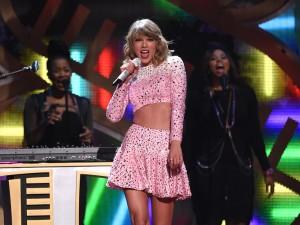 Spotify ha un nuovo nemico: Taylor Swift (che toglie tutta la discografia in streaming)