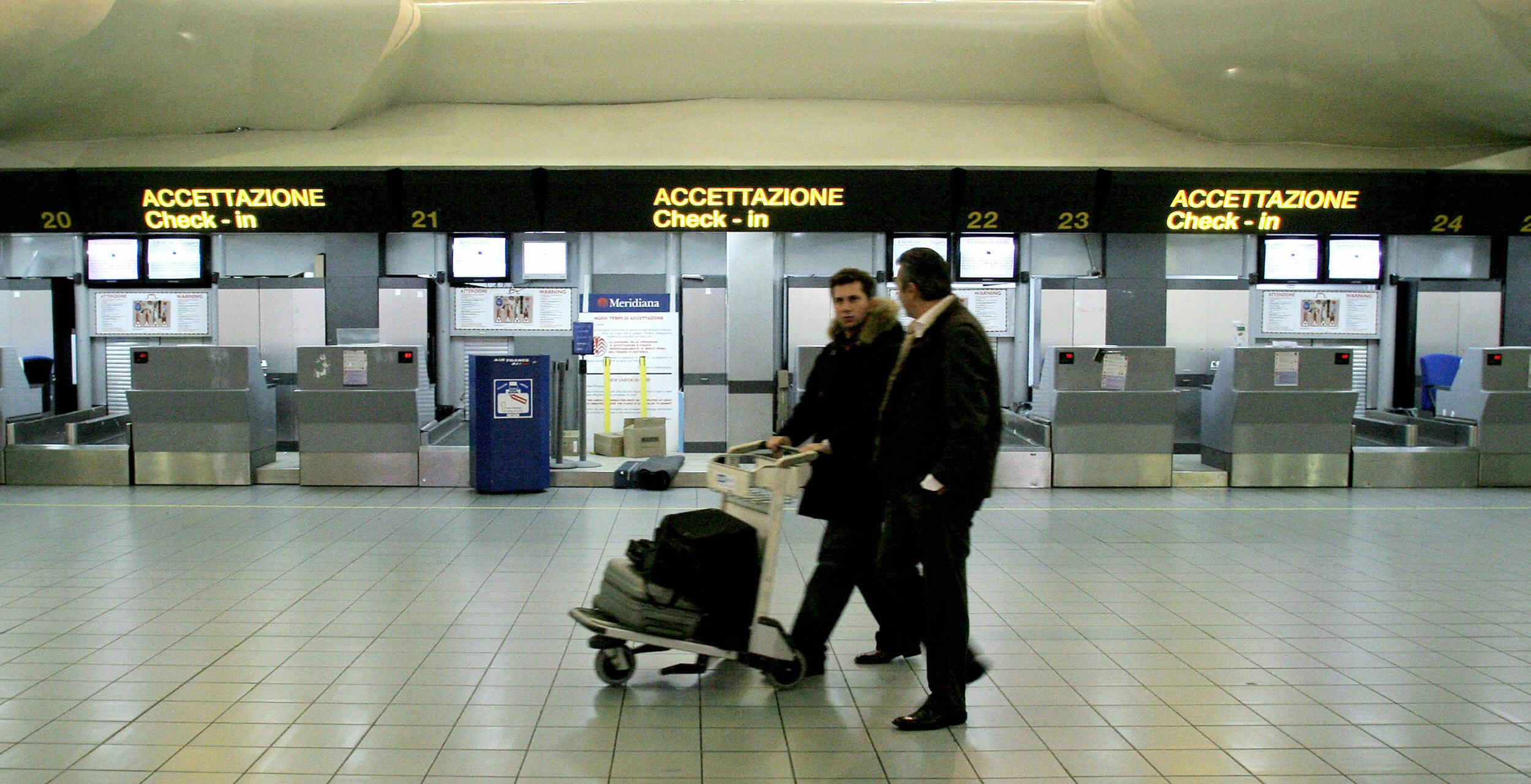 Aeroporto Capodichino : Aeroporto di capodichino arrivano ztl e telecamere per le