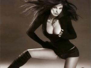 Pamela Camassa regina di cuori del poker