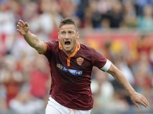 L'addio di Francesco Totti all'Olimpico: stadio blindato e strade chiuse per Roma-Genoa