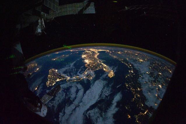 Spazio, l'Italia punta su Marte e asteroidi