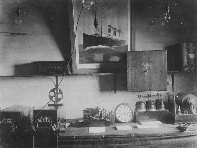 Apparecchiatura per telegrafare utilizzata da Marconi per i suoi primi esperimenti a bordo della nave Philadelphia