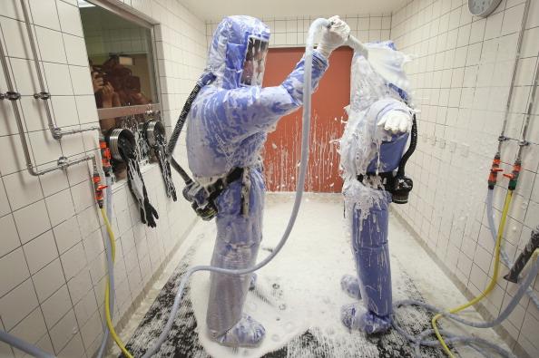 Il siero sperimentale anti-ebola distribuito ai malati occidentali, non a quelli africani