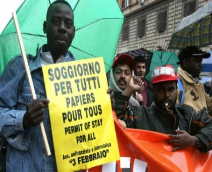 Immigrati esame di italiano per ottenere il permesso di for Immigrazione permesso di soggiorno