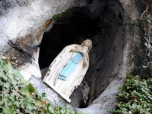 semiparalizzato riprende a camminare dopo Lourdes