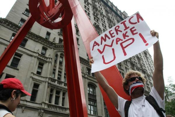 Un 99% che si oppone ad un intero sistema e propone un'alternativa pacifica in cui all'avidità di quell'1% venga posto un freno: questo è occupy wall street