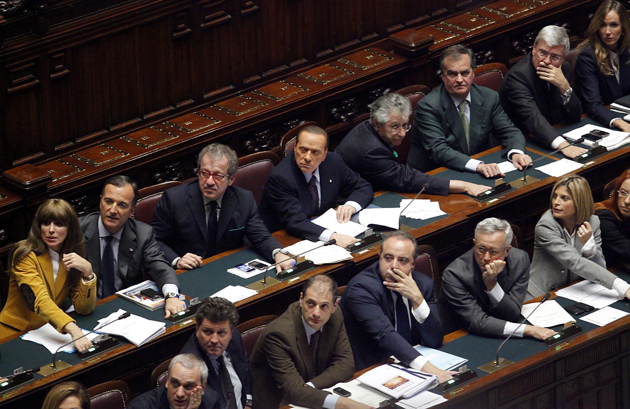 Il ddl stabilit approvato alla camera berlusconi si for Diretta parlamento oggi
