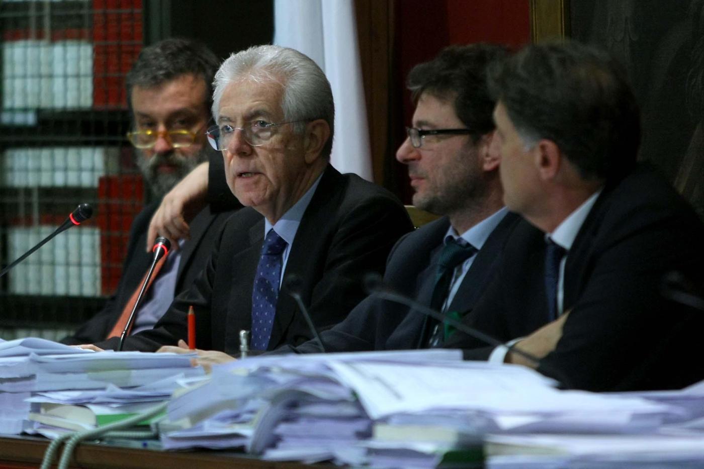 Il decreto salva italia approda alla camera e al senato i for Camera diretta