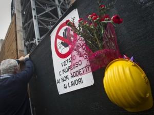 Cuneo, artigiano muore schiacciato da un tubo di metallo men