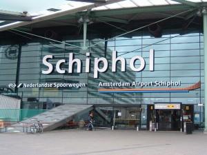 Amsterdam, panico per un sospetto dirottamento di aereo, ma è solo un malinteso.