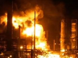 Esplode raffineria in Venezuela: 19 morti, tra cui un bambino.