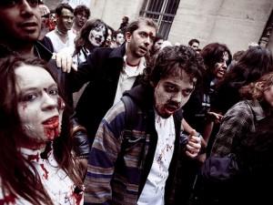 Gli zombie marciano in Russia [VIDEO].