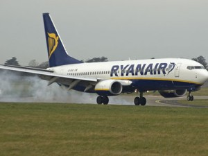 Zecche su un volo Ryanair: tutti al pronto soccorso di Ciampino