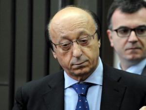 Luciano Moggi riceve il premio alla carriera in Senato: bufe