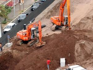 Manovra, soglia degli appalti si alza a 200mila euro: senza