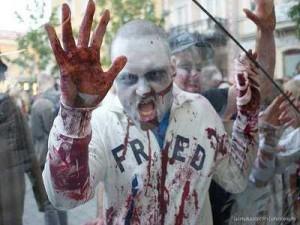 zombie-attacco