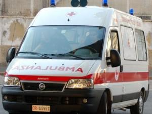 Napoli, bambina muore soffocata il giorno della prima comunione