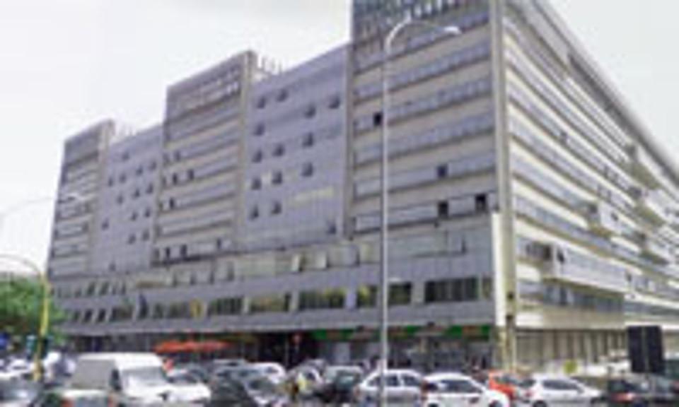 Via Ostiense 131.Allarme Bomba Nella Sede De L Unita Edificio Evacuato