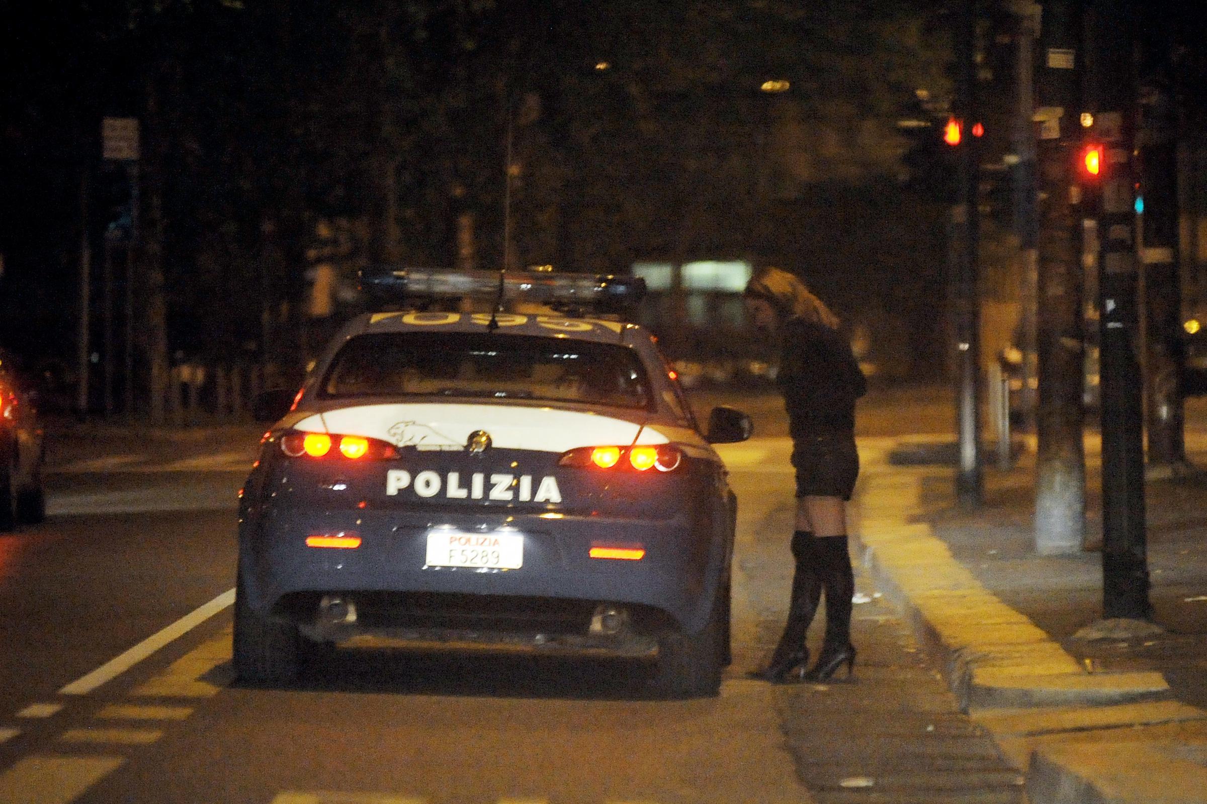 Prostitute romena on the truck 3 4