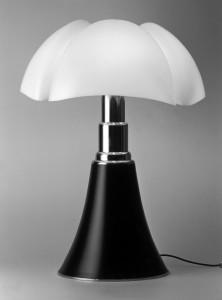 Lampada Pipistrello, Gae Aulenti, 1965–Martinelli