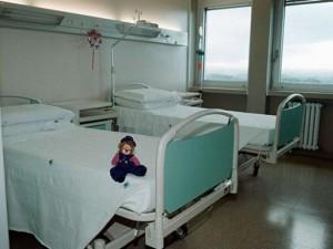 """Bimba di 12 anni uccisa dal coronavirus in Belgio: """"Evento r"""