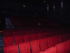 Cinema a luci rosse gestiti come bordelli, sequestrate 6 sale
