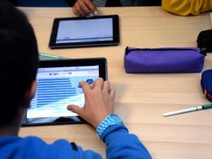 Scuola, a Milano la prima classe digitale con i tablet accanto ai quaderni