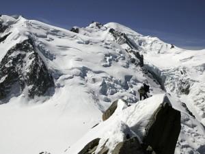 Incidenti montagna, ancora una vittima: scialpinista morto sul Gran Paradiso