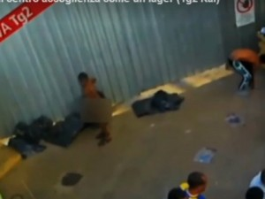 Video choc sui migranti a Lampedusa, l'Ue minaccia lo stop degli aiuti all'Italia